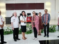 Bupati Evangelian Jual Potensi Wisata Sitaro Kepada Pemkab Badung dan ASITA Bali