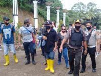 Polri TNI Kawal Tabur Bunga Korban Kecelakaan di Tambang Emas Ratatotok