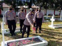 Tabur Bunga di TMP, Kapolres Situmorang: HUT Bhayangkara ke 74 Digelar Sederhana
