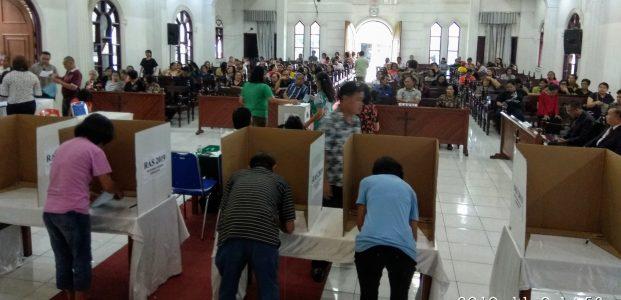 Berganti Posisi dengan Jefry Tamboto, Tenny Assa Nahkodai BPS KGPM Sentrum Kawangkoan