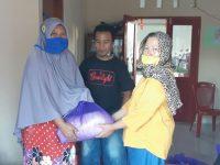Pemerintah Desa Ponosakan Indah Salurkan Bantuan Bagi Masyarakat Terdampak Virus Corona