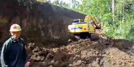 Hebat! Kelola Objek Wisata 5 Air Terjun, Desa Kayuuwi Buka Akses Jalan Masuk